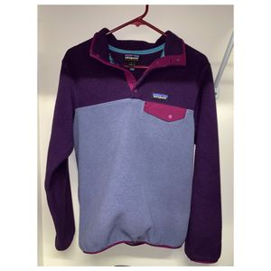 Purple PATAGONIA Pullover, Size Small for Sale in Kernersville, NC