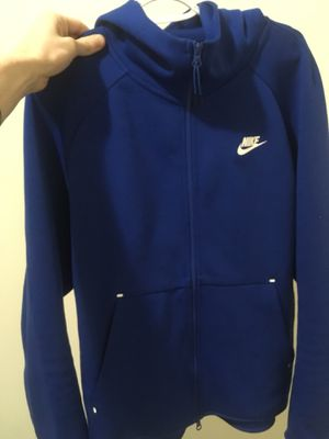 Nike tech fleece size large for Sale in Sterling, VA