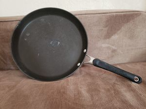Calphalon Cooking Pan for Sale in Lawton, OK