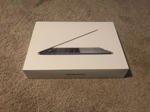 MacBook Pro 2020 13inch, (w/accessories) for Sale in Henderson, NV