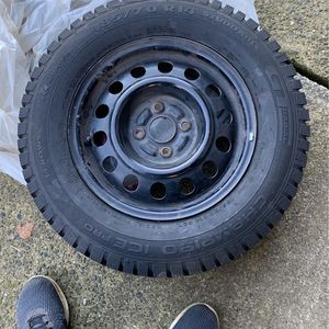 Honda Studded Snow Tires for Sale in Puyallup, WA