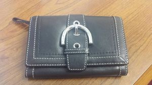 Authentic Coach Wallet for Sale in Oxon Hill, MD