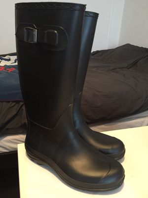 Barely used rain boots for Sale in San Francisco, CA