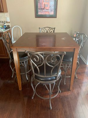 Kitchen table for Home for Sale in Charlotte, NC