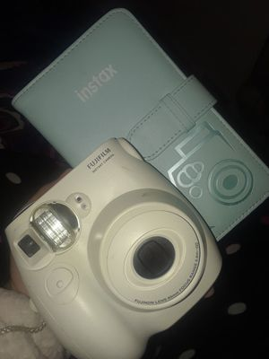 FUJIFILM CAMERA WITH PHOTO ALBUM for Sale in New Haven, CT