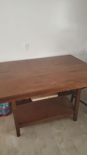 Kitchen table for Sale in Montclair, CA