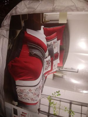 Jc penny home 10 peice queen size comforter for Sale in Colorado Springs, CO