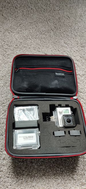 GoPro hero 3+ silver can with lcd touch screen bundle for Sale in Orlando, FL
