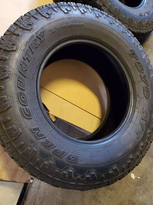 Toyo open country AT tires 295/70 R18 for Sale in Lake Elsinore, CA