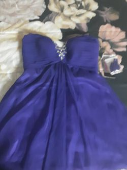 Beautiful Purple Dress for Sale in Waynesboro,  VA