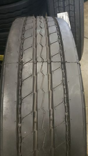 Pirelli trailer tire 295/75/22.5 for Sale in Addison, IL