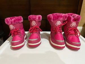 BRAND NEW *NEVER WORN* Toddler Snow Boots - Size 6 & 8 for Sale in Southwest Ranches, FL