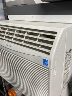 AC Window Unit 12,000 BTU for Sale in Bellevue,  WA