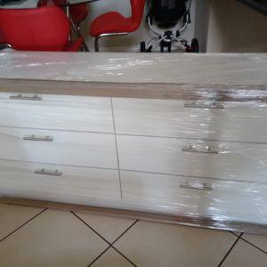 New White Dresser for Sale in Boca Raton, FL