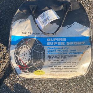 Alpine Super Sport Tire Chains 285/75r/26lt for Sale in Kent, WA
