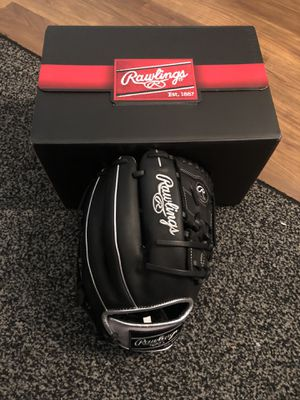 NEW Custom Rawlings Heart of the Hide Baseball Glove 11.75 Inches for Sale in North Venice, FL