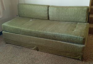 Vintage couch/daybed/futon for Sale in Depew, NY