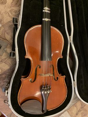 Yamaha Violin 1/2 size model V-5 with plastic case for Sale in undefined
