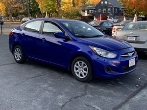 2013 Hyundai Accent GLS for Sale in Brockton, MA