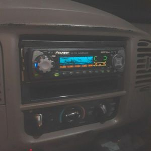 Pioneer Deh-p7200 Car Stereo for Sale in Los Angeles, CA
