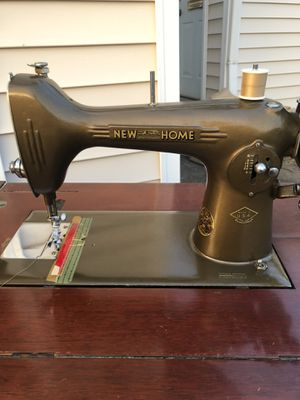 Vintage New Home 1940's Sewing Machine for Sale in Oregon City, OR