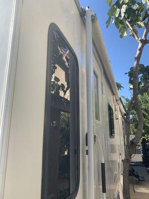 2007 31' travel trailer Tundra by Thorn for Sale in Simi Valley, CA