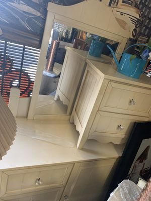 Twin bedroom set for Sale in Las Vegas, NV