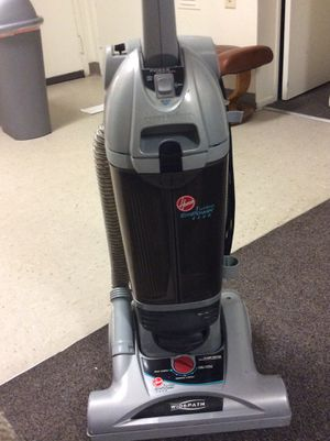 Bissel vacuum cleaner works perfect for Sale in Monterey Park, CA