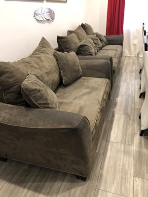 Free couches ( used) for Sale in Los Angeles, CA