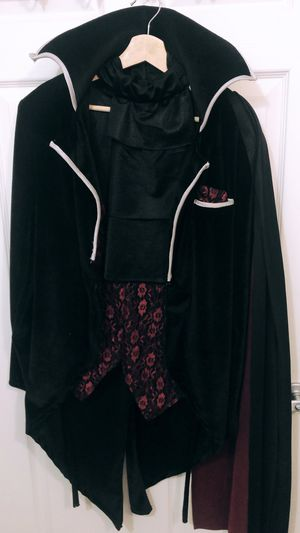 Vampire Halloween Costume for Sale in Tampa, FL