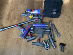 Dyson V8 V10 SV10 total clean+ Cordless Vacuum with extra accessories & bag for Sale in Coopersburg, PA