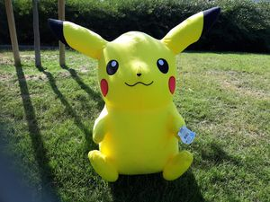 """Pokemon Character Plush 32"""" Pikachu Toy Factory T060576 for Sale in Montebello, CA"""