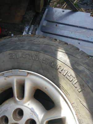 (2) 31+10.50 15 tires for Sale in Oroville, CA