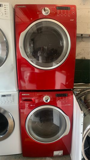 Samsung washer n gas dryer set for Sale in Philadelphia, PA