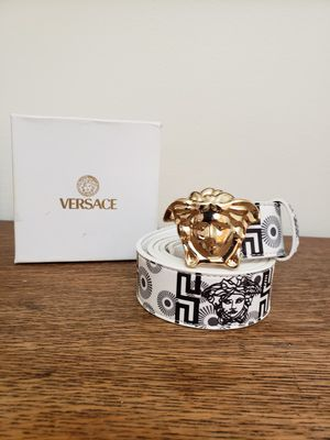 Versace STYLE Belt for Sale in Lake Worth, FL