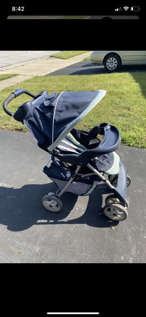 Stroller, Car Seat and Base for Sale in Hilliard, OH