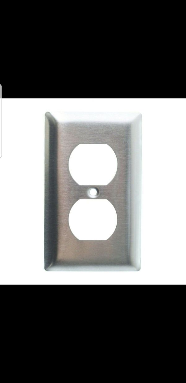 PASS & SEYMOUR SS8 DUPLEX RECEPTACLE OUTLET WALL-PLATE, 1-GANG, STAINLESS STEEL