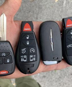 Controles Para Carros Smart Keys Remotes Fobs Chevy GMC Cadillac Toyota Honda Dodge Chrysler Jeep Nissan Infiniti Ford Lincon for Sale in Los Angeles,  CA