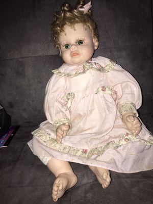 2000 Heritage Mint doll feels lifelike for Sale in Lewisville, TX