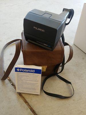 Polaroid 660SE w. Film & Vintage Carrier for Sale in Arroyo Grande, CA