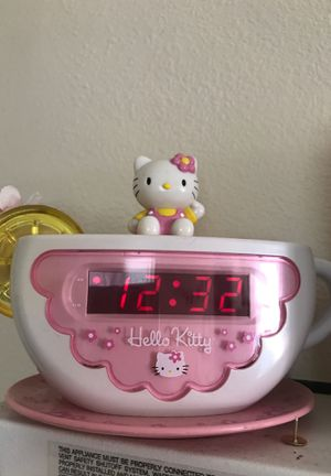 Hello kitty clock for Sale in Long Beach, CA