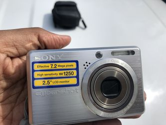 Sony Digital Camera Old Classic 7.6 Megapixel for Sale in Port St. Lucie,  FL