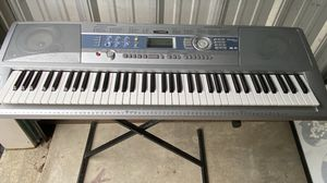 Yamaha portable grand keyboard DGX -200 for Sale in Dublin, OH