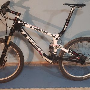 Trek Full Suspension Carbon Mountain Bike for Sale in Lincolnwood, IL