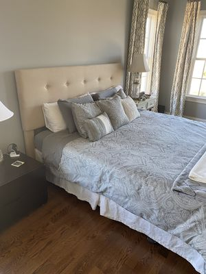 California King Headboard + Bed Frame for Sale in Durham, NC