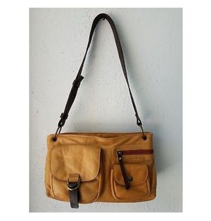 VISCONTI Genuine Leather Bag WOW for Sale in Clearwater, FL