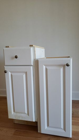 Kitchen cabinets 20 dollars each for Sale in Raleigh, NC