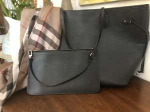 Louis Vuitton EPI leather, all black like new for Sale in Dunedin, FL