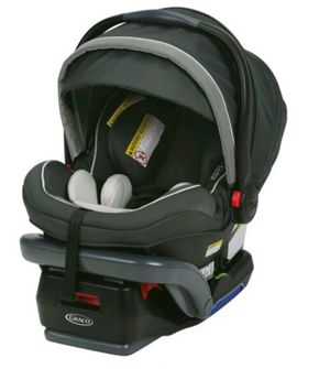 Graco SnugRide SnugLock 35 Elite Infant Car Seat with Safety Surround, Oakley for Sale in Houston, TX