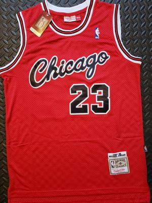Michael Jordan - 84/85 Chicago Bulls Jersey L - XL for Sale in Hoffman Estates, IL